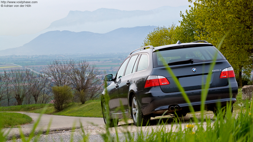 BMW 5 Series Touring (525i, France)