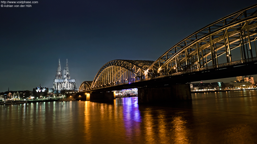 Kölner Dom & Hohenzollernbrücke at night (Cologne Dome)