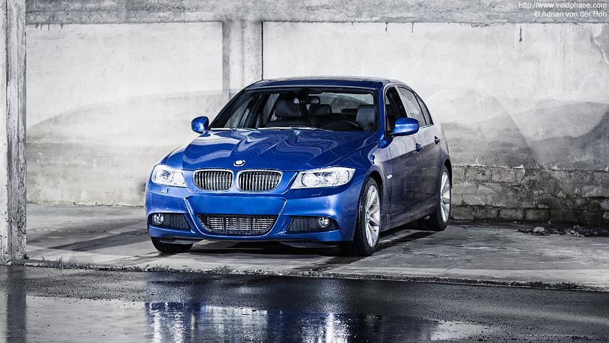 BMW 3 Series Limousine (blue 330d in garage)